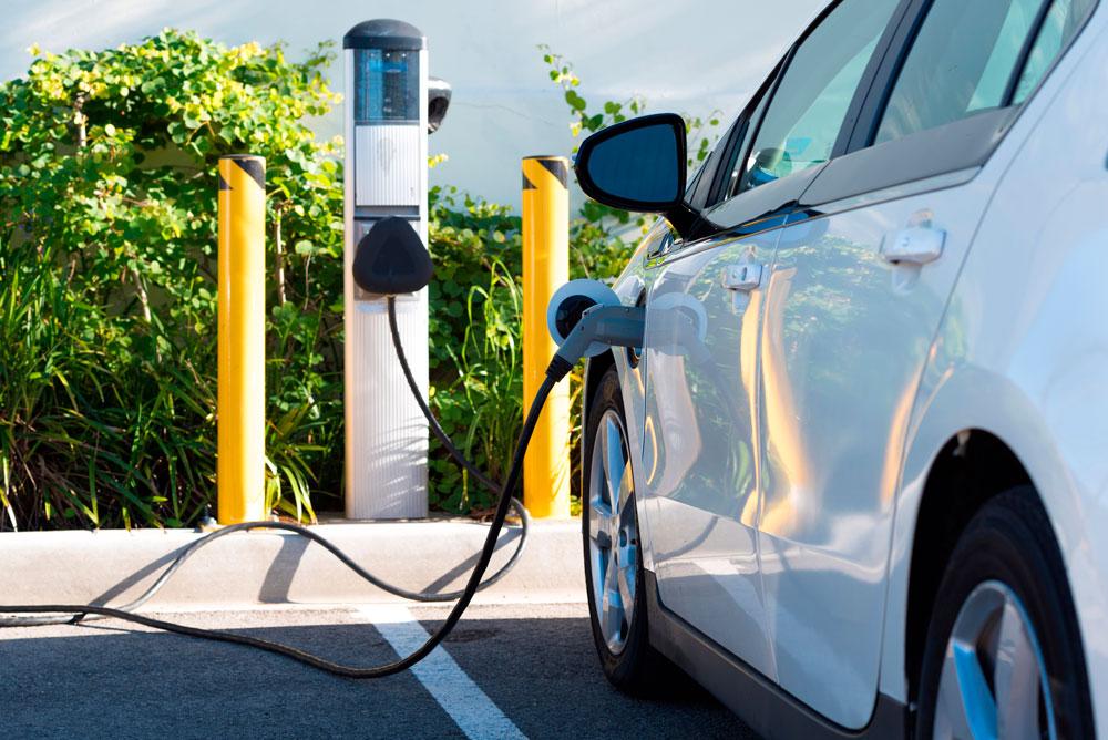 MOVES III: Hasta un 60% de ayudas a fondo perdido para nuevos puntos de carga eléctrica